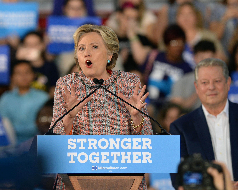 Ранее WikiLeaks опубликовал восьмую часть переписки руководителя штаба Клинтон Фото: Алексей Дружинин/ТАСС