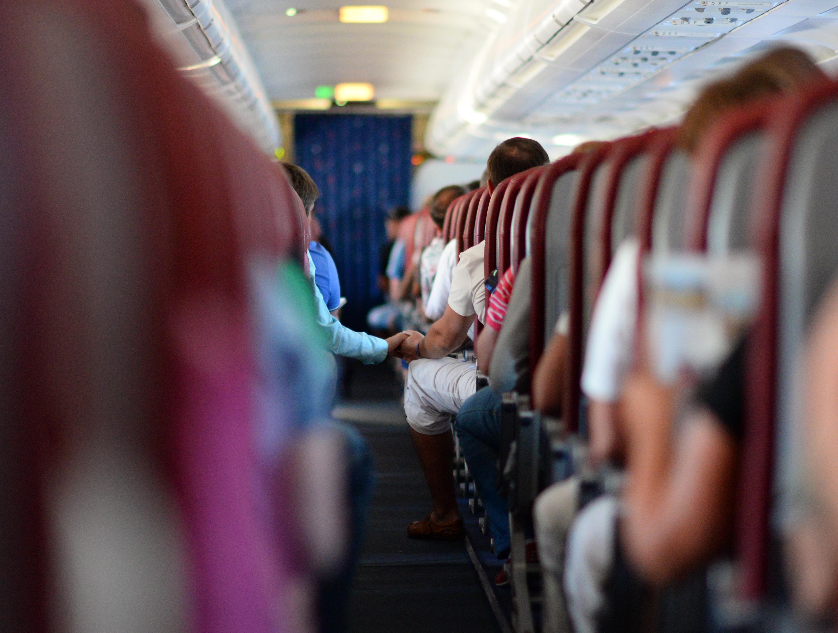 Логика простая - если покупать авиабилет заранее, он обычно стоит дешевле, чем за пару недель и уж тем более пару дней до рейса.