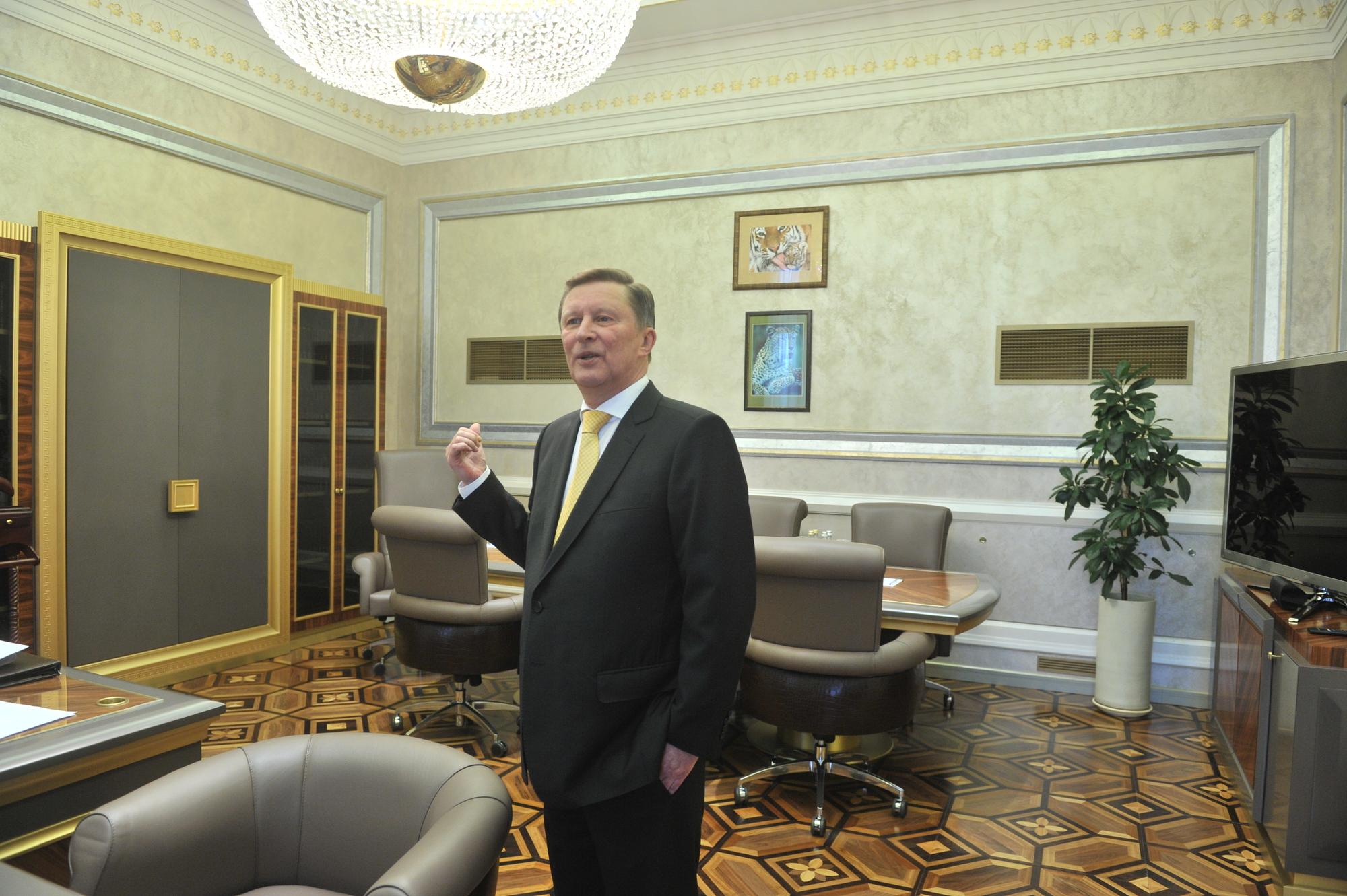 Путин осторожно относится ккадрам— Иванов