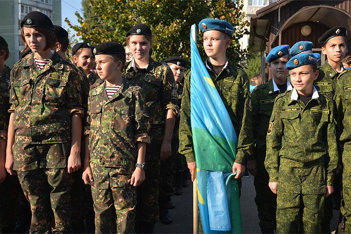 Минобороны России предлагает ввести военную подготовку во всех кадетских довузовских учебных заведениях