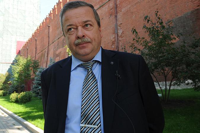 Советник директора ФСО историк Сергей Девятов рассказывает о башнях Кремля и кремлевских стенах.
