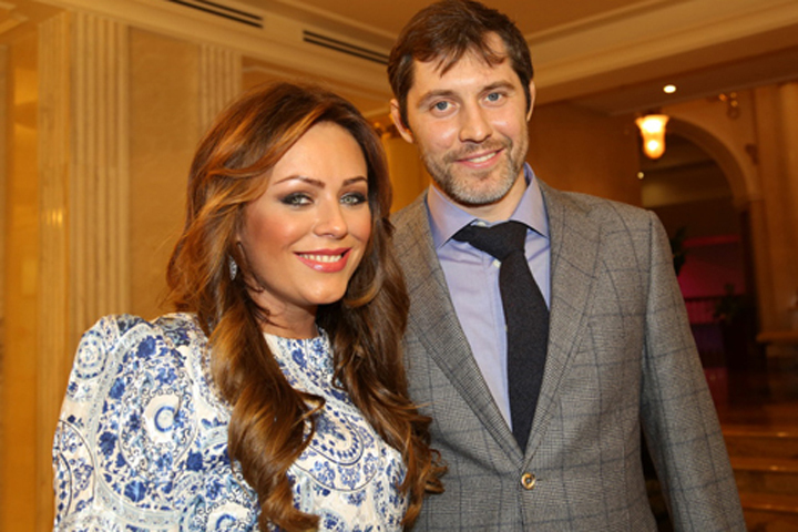 Юля и Александр познакомились в 2011 году в Лос-Анджелесе.