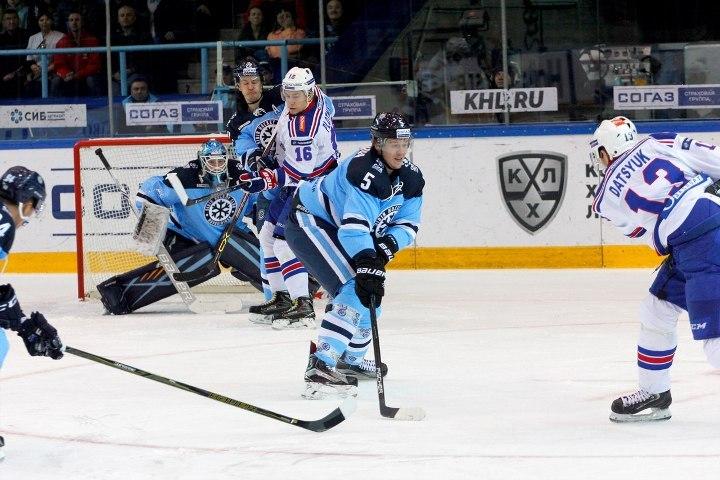Хоккеист «Сибири» Шалунов пропустит около 2-х недель из-за травмы