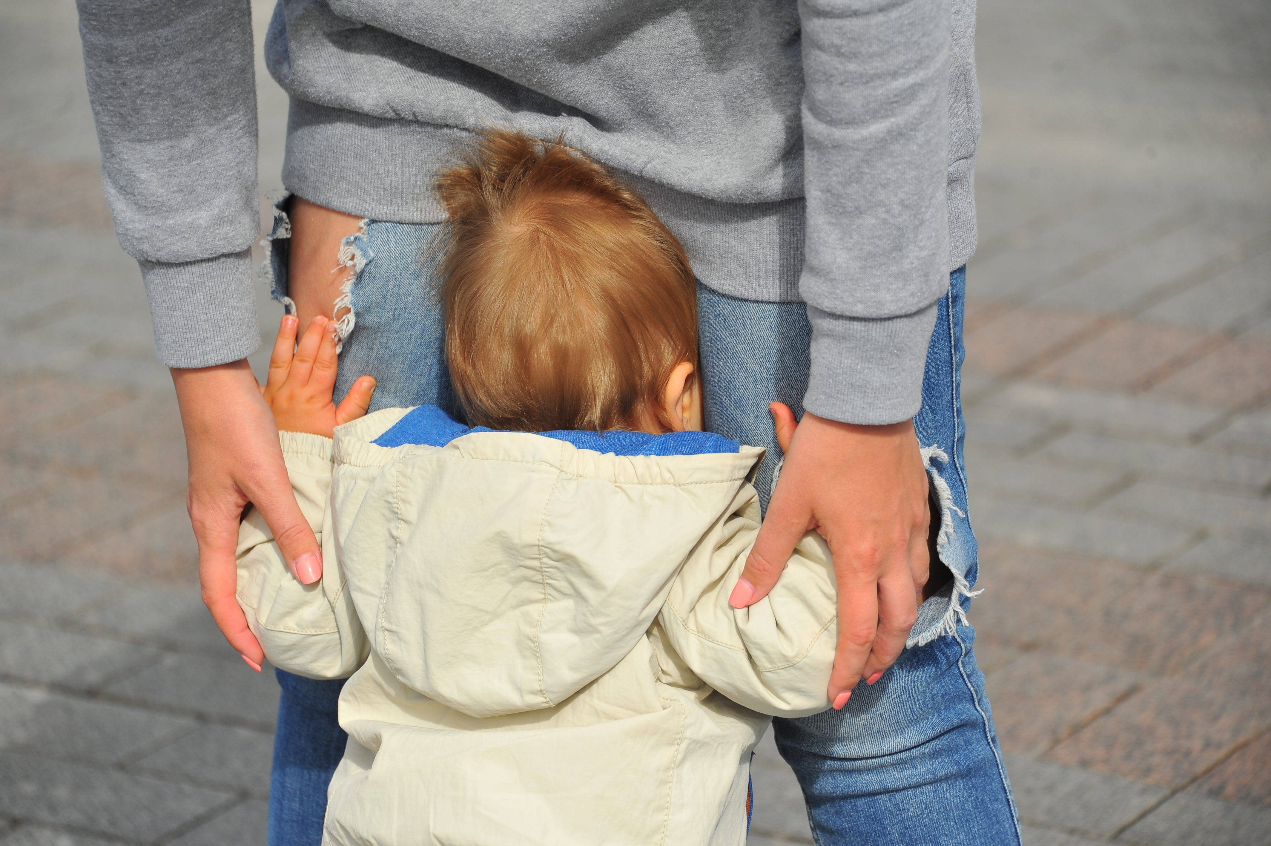 Поскольку и мама, и детки в этой истории - несовершеннолетние, показывать их лица мы не имеем права.