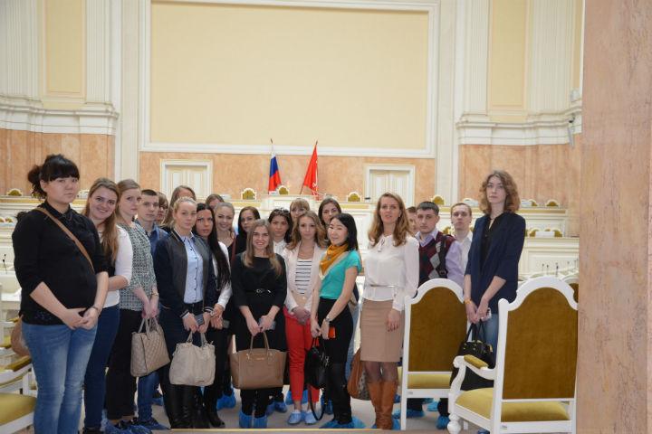 Студенты кафедры Менеджмента и ГМУ посетили Законодательное собрание города Санкт-Петербурга.