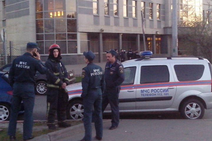 ВАлександровской клинике искали бомбу