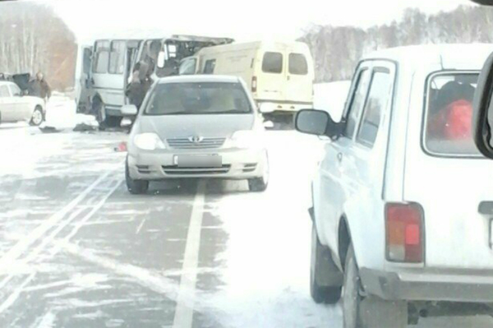 Четверо погибли вДТП савтобусом вОмской области