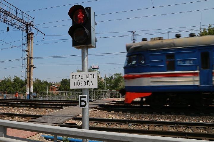 ВРостовской области товарный поезд отрезал мужчине голову