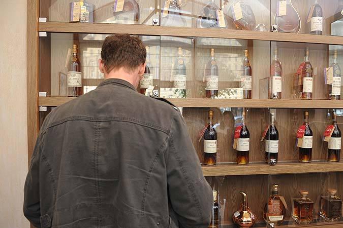 За основу исследования взяли уровень продаж по десяти видам алкоголя.
