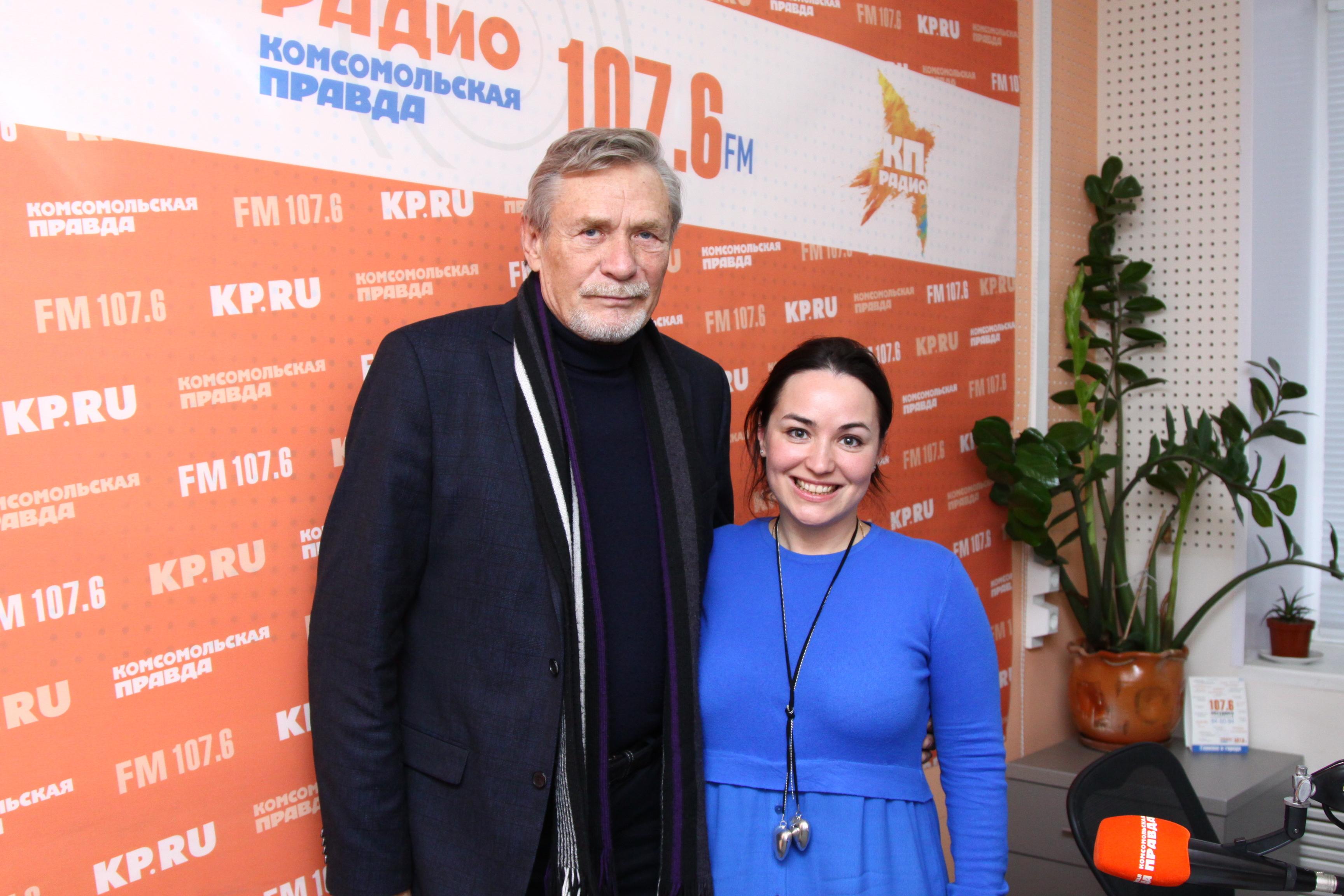 Народный артист России Александр Михайлов и ведущая Марина Мирлачева