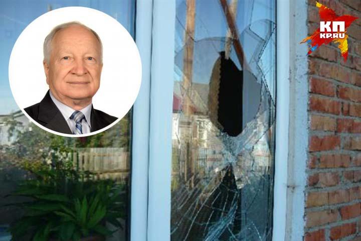 69-летний депутат уверен: его запугивают. Или даже пытались убить.