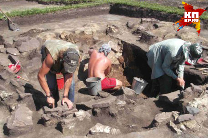 Археологам пришлось срочно проводить раскопки, чтобы спасти остатки древностей Фото: предоставлено музеем КемГУ