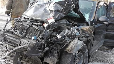 Роковой занос: вдорожной трагедии под Карабашом пострадали три человека