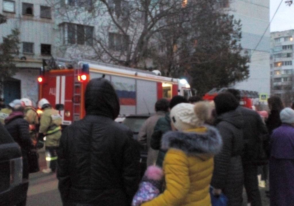 ВСимферополе зажегся многоэтажный высотный дом, эвакуировали 68 человек