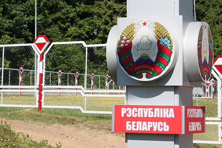 На границе с Польшей таких очередей нет.
