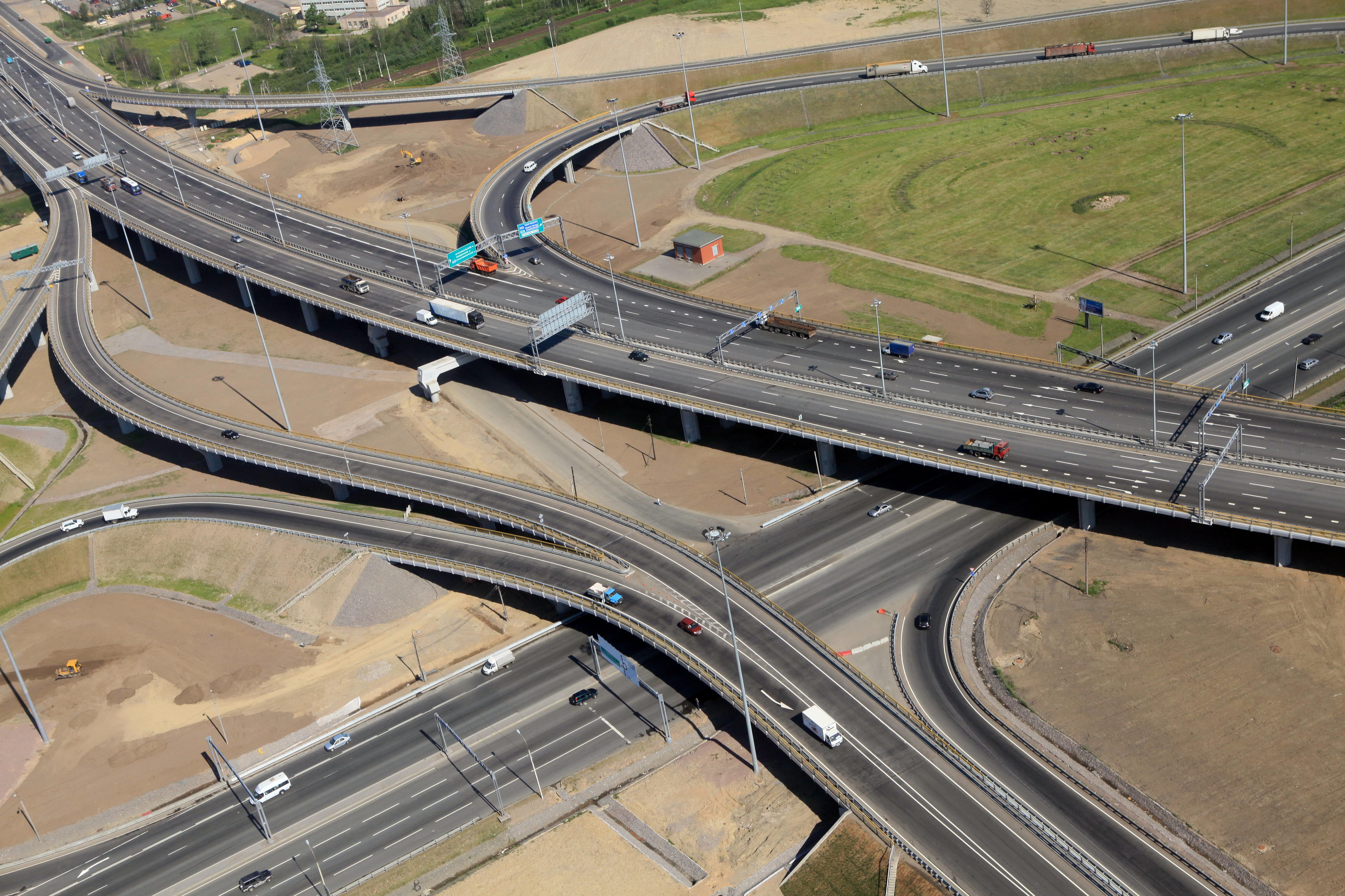 Под КАД построят дорогу, чтобы можно было подъехать к жилым кварталам.