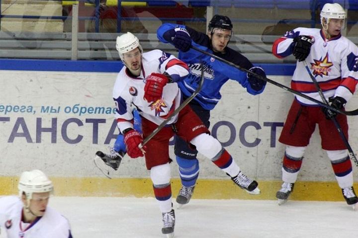 Хоккеисты «Ижстали» уступили навыезде курганскому «Зауралью»