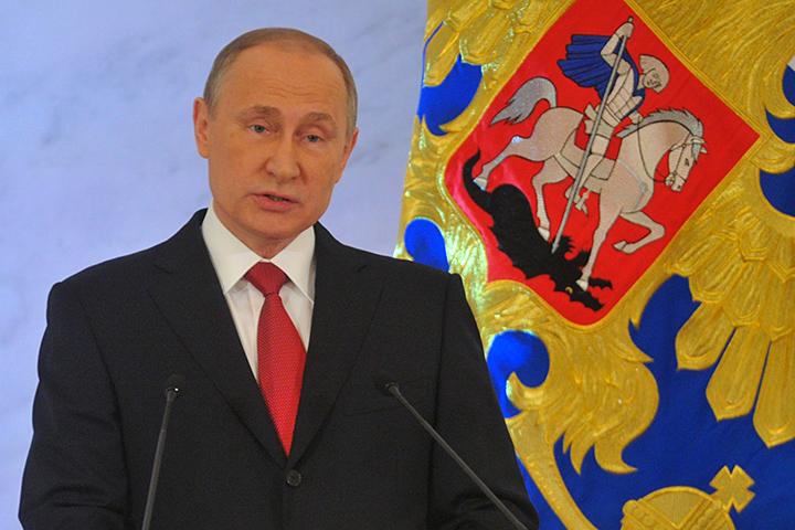 По словам Путина, чтобы у фермеров появились новые возможности для выхода на рынок, необходимо «уделить особое внимание поддержке сельхозкооперации»