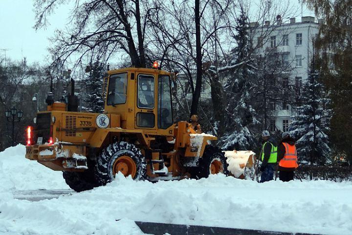 Справиться смощным снегопадом вконце осени удалось— Администрация Тюмени