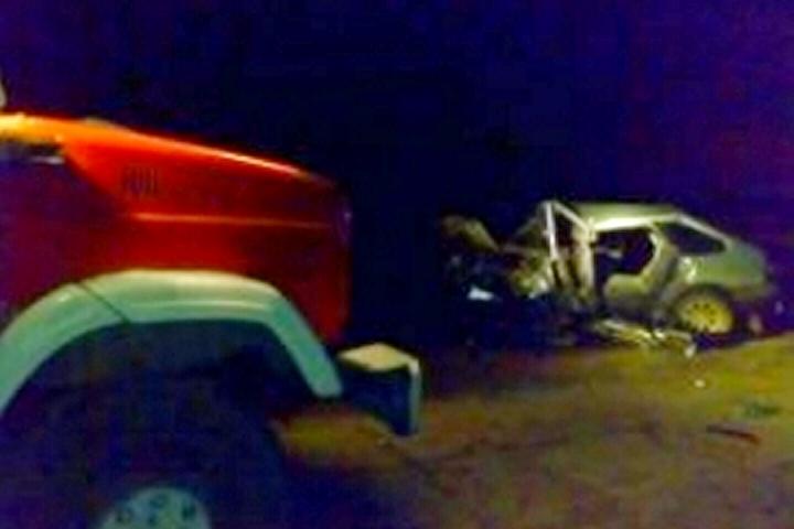 Встолкновении ВАЗ-2114 иКамАза вЛипецке погибли двое мужчин
