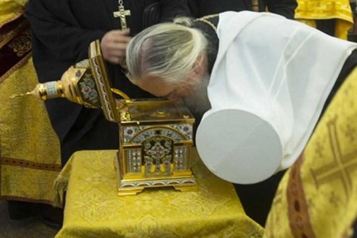 ВБрянск прибыл ковчег счастицей мощей святителя Пантелеймона