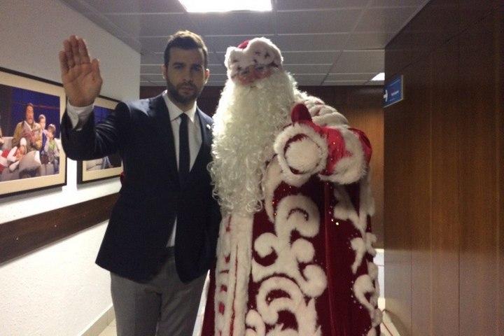 Новым гостем шоу «Вечерний Ургант» станет Липецкий Дед Мороз