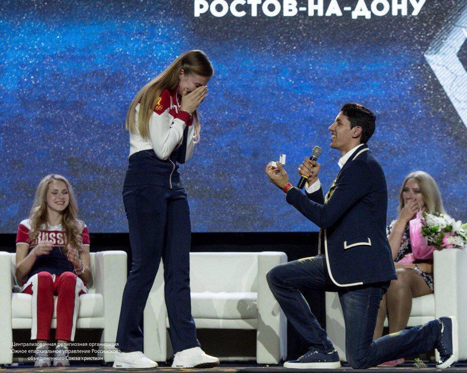 ВРостове-на-Дону состоялась свадьба призёровОИ Барышниковой иДенисенко