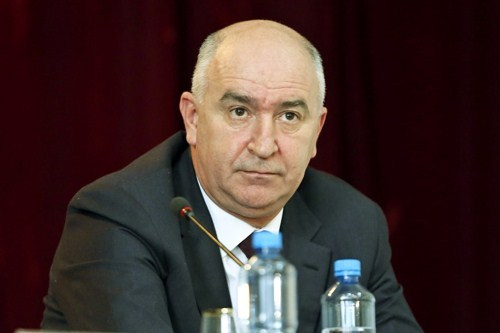 Народные избранники думы Новороссийска сначала 2017г выберут нового главы города из 3-х претендентов