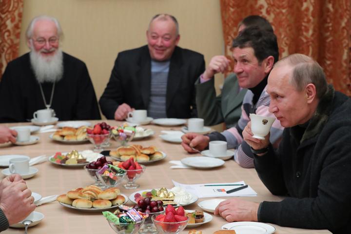 В Рождество Президент встретился с рыбаками в Великом Новгороде Фото: Михаил Климентьев/пресс-служба президента РФ/ТАСС