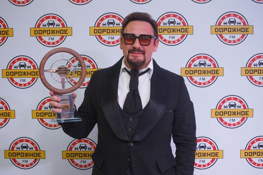 Фанатка Стаса Михайлова выиграла автомобиль наконцерте любимого певца