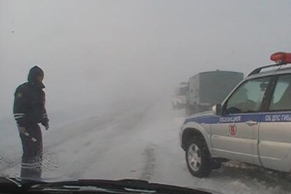 Федеральные дороги Волгоградской области заметает снегом