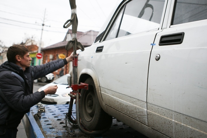 Автомобиль жителя Курганинска воры отвезли впункт приема металла