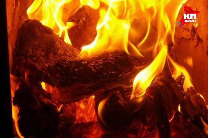 2-х человек госпитализировали после пожара вгороде Хабаровске