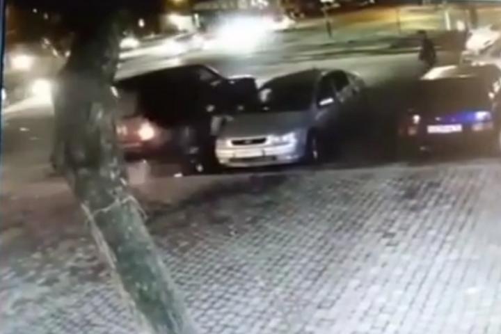 Вцентре Владикавказа убийца вупор расстрелял мужчину