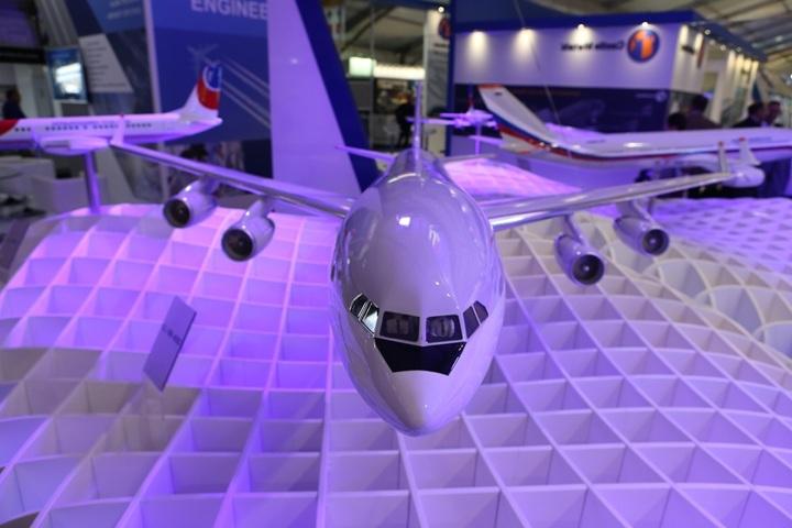 ОАК и«Ил» подписали договор посозданию пассажирского Ил-96-400М