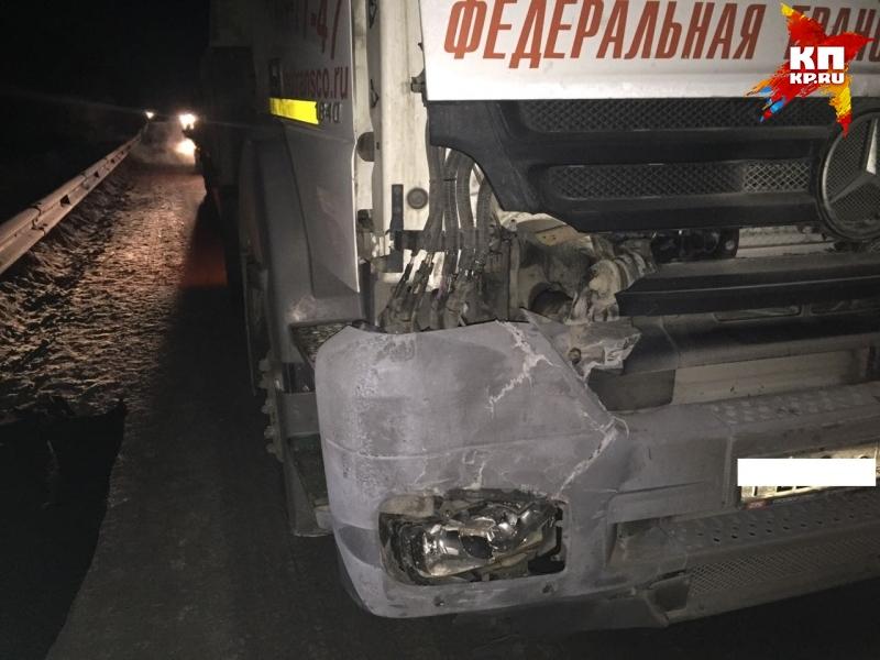 «Мерседес» насмерть сбил мужчину, шедшего ночью потрассе Екатеринбург-Косулино