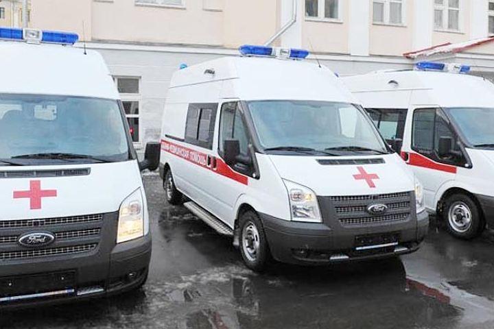 Молодой мужчина выжил после падения изокна гостиницы наЛермонтовском