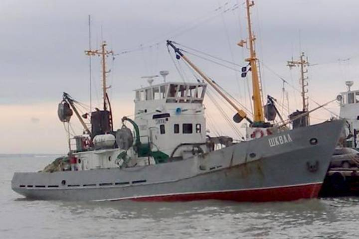 Напомощь дрейфующему «Шквалу» вБаренцево море устремилась «Мурманрыба»