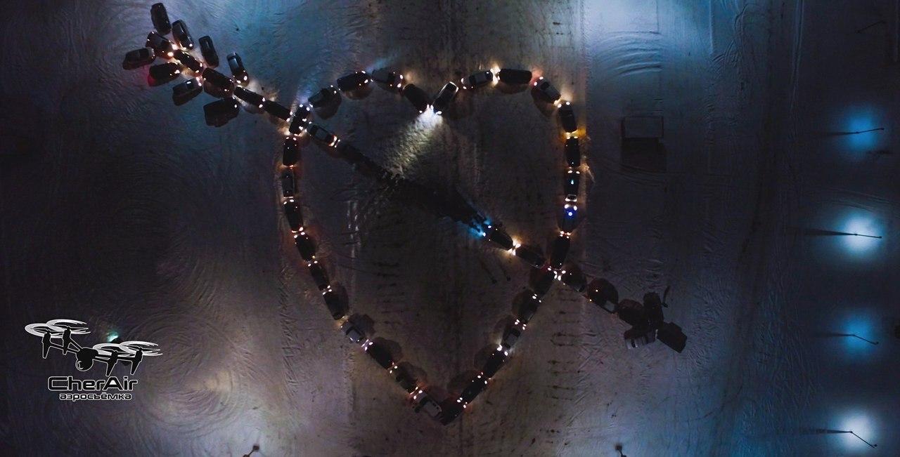 Воронежские водители вчесть 23февраля выстроились вформе звезды