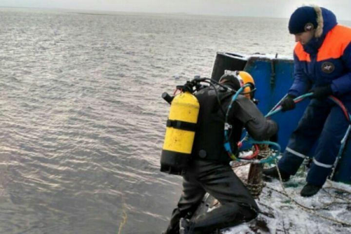 Дрозденко поручил выделить деньги наподъём затонувшего судна «Монни»