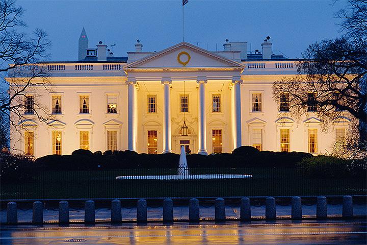 Американские СМИ раскритиковали решение Белого дома непустить репортеров набрифинг