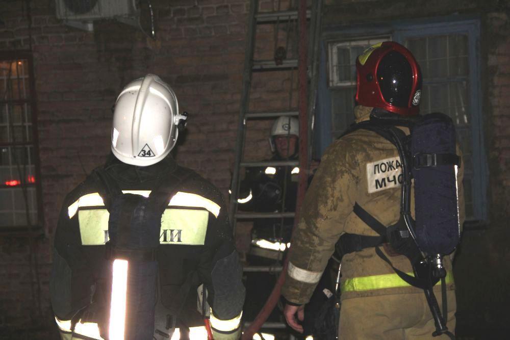 Два человека погибли напожаре вРостовской области