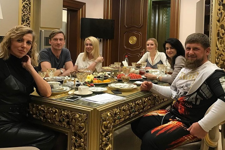 Ольга Бузова снова прилетела вГрозный