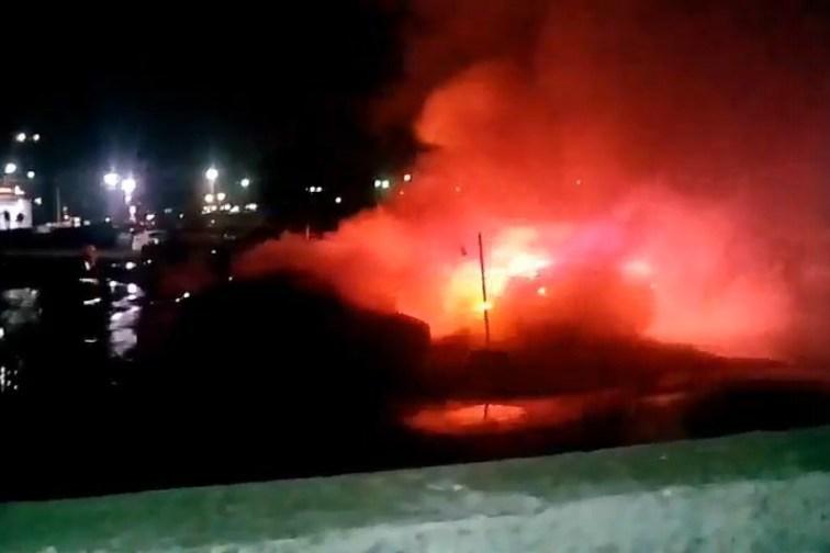 В 00:00 вРязани сгорело шесть авто