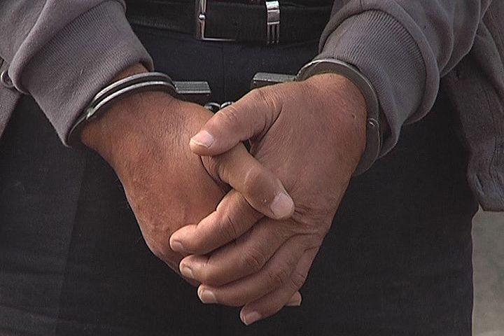ВНовосибирске задержали подозреваемых вкраже на 100 тыс. руб.