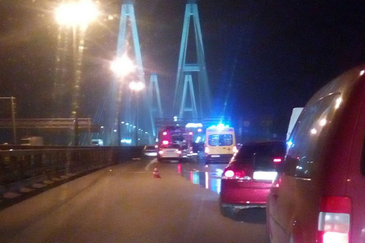 Печальное ДТП вПетербурге: наКАД столкнулись 5 машин