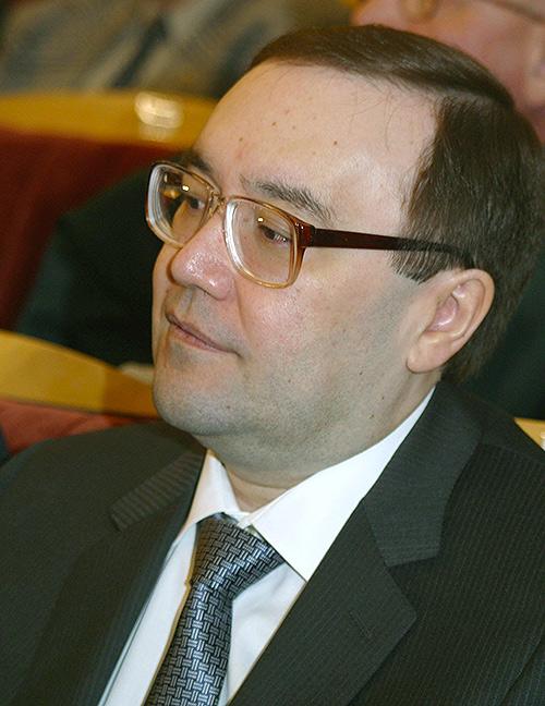 Урал Рахимов в 2003 году. Фото Виктора Вонога (ИТАР-ТАСС) д.с. 20.11.03