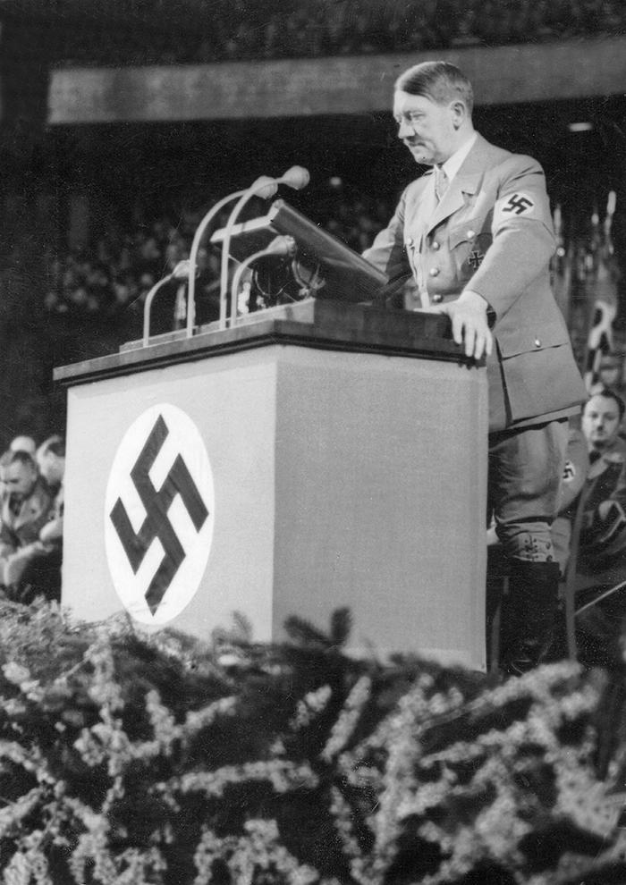 Гитлера, действительно, растил коллективный Запад. Но у американцев и британцев были разные, противоположные цели Фото: GLOBAL LOOK PRESS