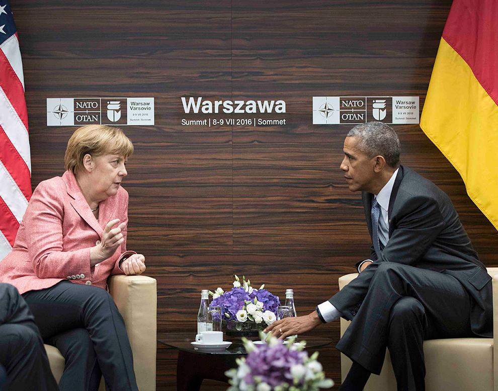 Нередко, когда даже по российскому ТВ диктор говорит о том, что мировое сообщество возмущено, почему-то показывают фото Обамы или Меркель. И это индикатор Фото: REUTERS