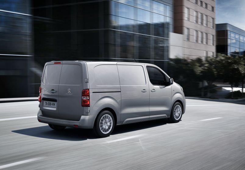 Если цена будет не запредельной, Peugeot Expert составит серьезную конкуренцию Volkswagen T6